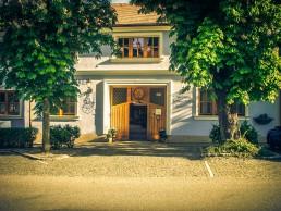 Weingut Schwertführer 35 - Eingang