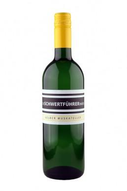 Weingut Die Schwertführerinnen Flaschenfoto - Gelber Muskateller