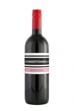 Weingut Die Schwertführerinnen Flaschenfoto - Undercover